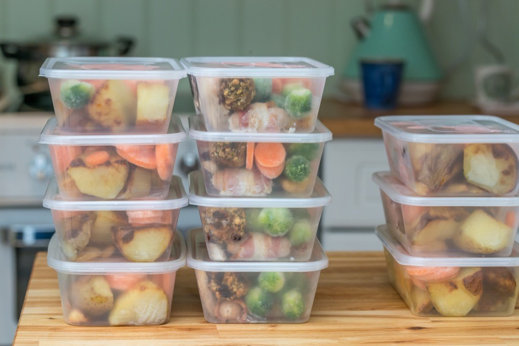 """Meal prep {Weight Loss Secrets}"""" width=""""1024"""" height=""""683"""" srcset=""""https://i2.wp.com/bestlifeonline.com/wp-content/uploads/2018/06/meal-prep.jpg?w=1024&ssl=1 1024w, https://i2.wp.com/bestlifeonline.com/wp-content/uploads/2018/06/meal-prep.jpg?resize=500%2C333&ssl=1 500w, https://i2.wp.com/bestlifeonline.com/wp-content/uploads/2018/06/meal-prep.jpg?resize=768%2C512&ssl=1 768w"""" sizes=""""(max-width: 1000px) 100vw, 1000px"""" data-recalc-dims=""""1"""