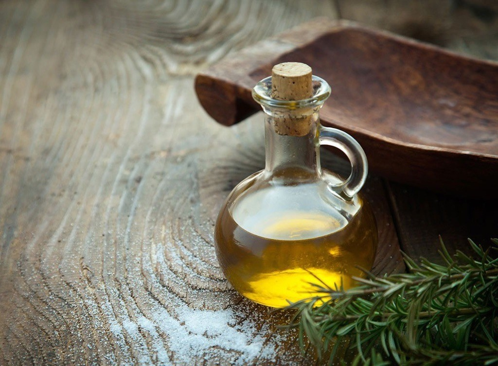 """olive oil"""" width=""""1024"""" height=""""753"""" srcset=""""https://i2.wp.com/bestlifeonline.com/wp-content/uploads/2018/02/olive-oil.jpg?w=1024&ssl=1 1024w, https://i2.wp.com/bestlifeonline.com/wp-content/uploads/2018/02/olive-oil.jpg?resize=500%2C368&ssl=1 500w, https://i2.wp.com/bestlifeonline.com/wp-content/uploads/2018/02/olive-oil.jpg?resize=768%2C565&ssl=1 768w, https://i2.wp.com/bestlifeonline.com/wp-content/uploads/2018/02/olive-oil.jpg?resize=300%2C220&ssl=1 300w, https://i2.wp.com/bestlifeonline.com/wp-content/uploads/2018/02/olive-oil.jpg?resize=205%2C150&ssl=1 205w"""" sizes=""""(max-width: 1000px) 100vw, 1000px"""" data-recalc-dims=""""1"""