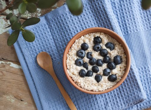 """oatmeal """"width ="""" 500 """"height ="""" 366 """"data-srcset ="""" https://www.eatthis.com/wp-content/uploads/media/images/ext/872262869/oatmeal-best-toppings-for-health -500x366.jpg 500w, https://www.eatthis.com/wp-content/uploads/media/images/ext/872262869/oatmeal-best-toppings-for-health-272x199.jpg 272w, https: // www .eatthis.com / wp-content / uploads / media / images / ext / 872262869 / oatmeal-best-toppings-for-health-473x346.jpg 473w, https://www.eatthis.com/wp-content/uploads/ media / images / ext / 872262869 / oatmeal-best-toppings-for-health-768x563.jpg 768w, https://www.eatthis.com/wp-content/uploads/media/images/ext/872262869/oatmeal-best -toppings-for-health.jpg 1024w, https://www.eatthis.com/wp-content/uploads/media/images/ext/872262869/oatmeal-best-toppings-for-health-684x500.jpg 684w, https : //www.eatthis.com/wp-content/uploads/media/images/ext/872262869/oatmeal-best-toppings-for-health-640x468.jpg 640w, https://www.eatthis.com/wp- content / uploads / media / images / ext / 872262869 / oatmeal-best-toppings-for-health-343x250.jp g 343w, https://www.eatthis.com/wp-content/uploads/media/images/ext/872262869/oatmeal-best-toppings-for-health-256x186.jpg 256w, https: //www.eatthis. com / wp-content / uploads / media / images / ext / 872262869 / meilleur-garniture-à-avoine-pour-la-santé-244x178.jpg 244w, https://www.eatthis.com/wp-content/uploads/media/images /ext/872262869/oatmeal-best-toppings-for-health-183x133.jpg 183w, https://www.eatthis.com/wp-content/uploads/media/images/ext/872262869/oatmeal-best-toppings- for-health-300x220.jpg 300w, https://www.eatthis.com/wp-content/uploads/media/images/ext/872262869/oatmeal-best-toppings-for-health-826x606.jpg 826w, https: //www.eatthis.com/wp-content/uploads/media/images/ext/872262869/oatmeal-best-toppings-for-health-205x150.jpg 205w, https://www.eatthis.com/wp-content /uploads/media/images/ext/872262869/oatmeal-best-toppings-for-health-264x192.jpg 264w, https://www.eatthis.com/wp-content/uploads/media/images/ext/872262"""