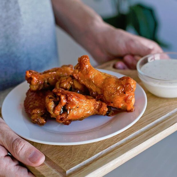 Pizza places normally carry low-carb wings