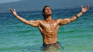 Tiger Shroff Body Abs Fitness Weight Loss.jpg